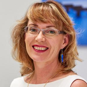 Dr Wendy Burton