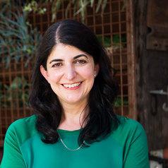 Dr Evangeline Mantzioris