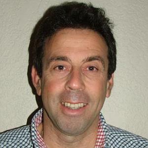 Dr Phillip Artemi