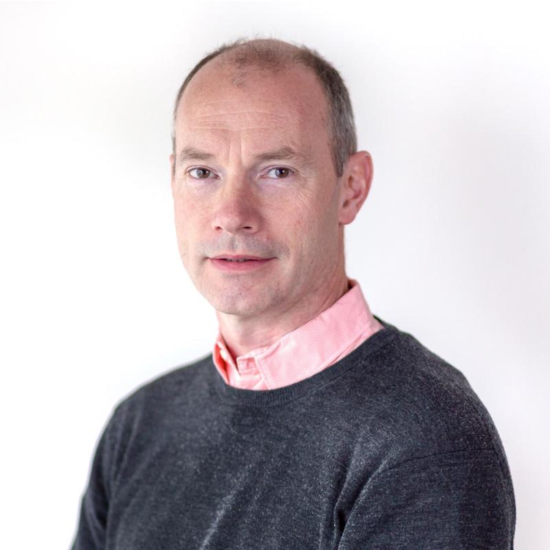 Dr Matthew Warden