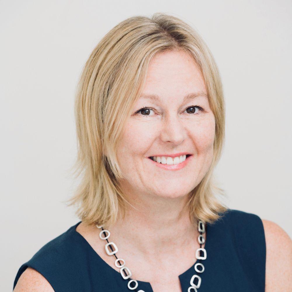 Dr Rhonda Farrell